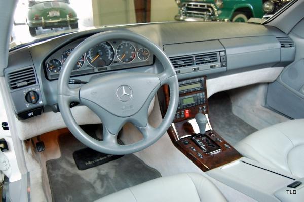 2001 mercedes benz sl class sl500 for Mercedes benz of chicago service center chicago il