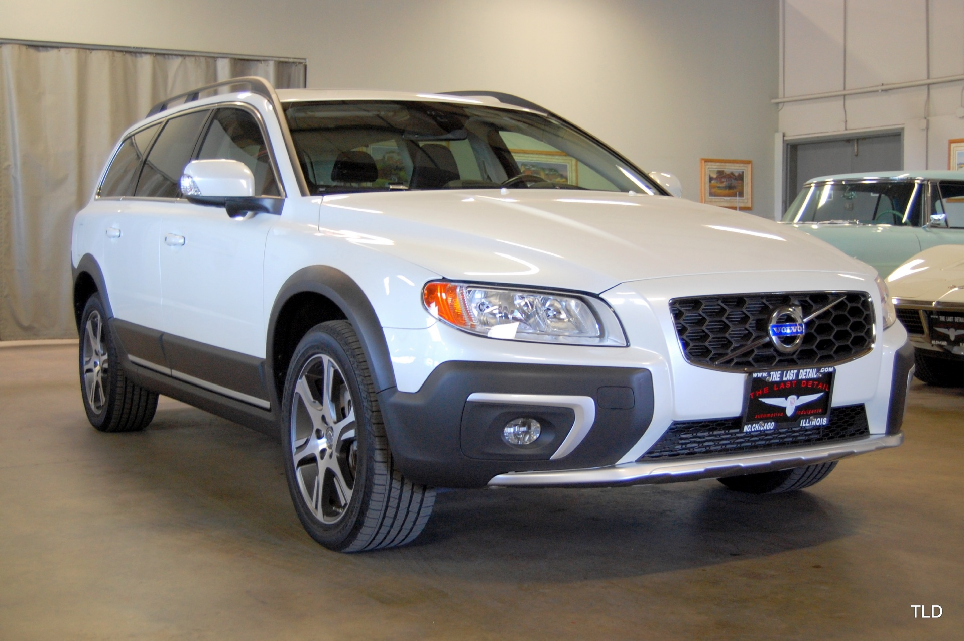 2015 volvo xc70 used volvo xc70 for sale in north chicago illinois. Black Bedroom Furniture Sets. Home Design Ideas